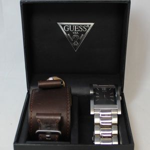 Guess Mens Watch Stainless Steel & Leather Bands